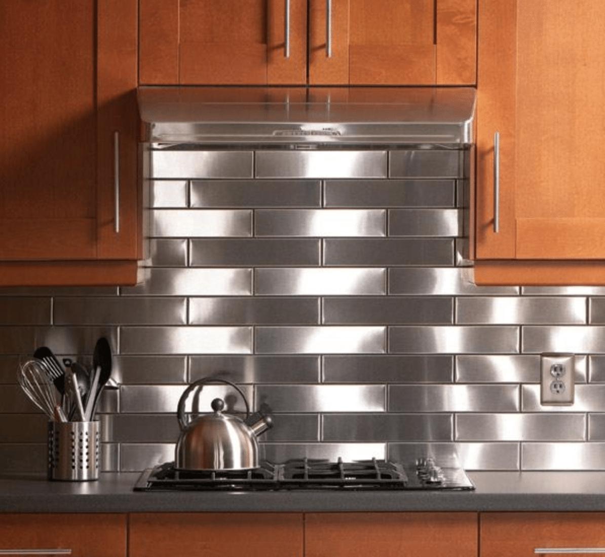 Stainless-Steal-Kitchen-Backsplash